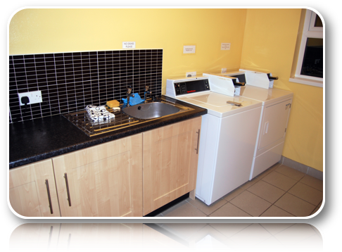 Rushin House Caravan Park - Laundry Room Washing Machines